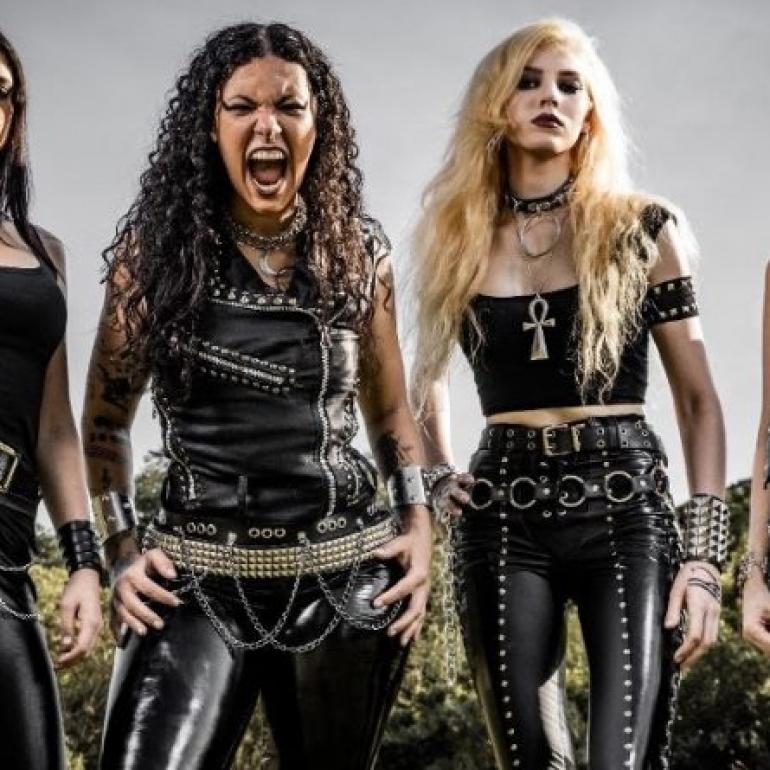 Les quatre filles de l'apocalypse.